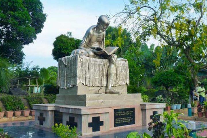 A statue of Mahatma Gandhi in Port Blair